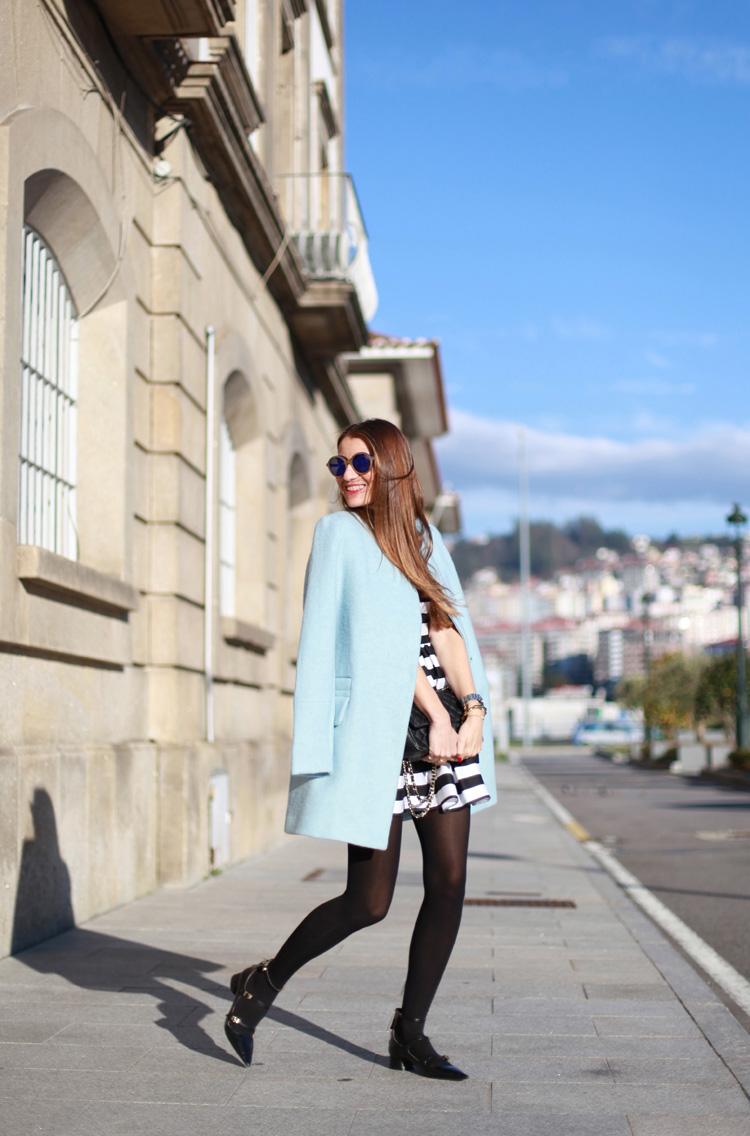 Abrigo azul cielo