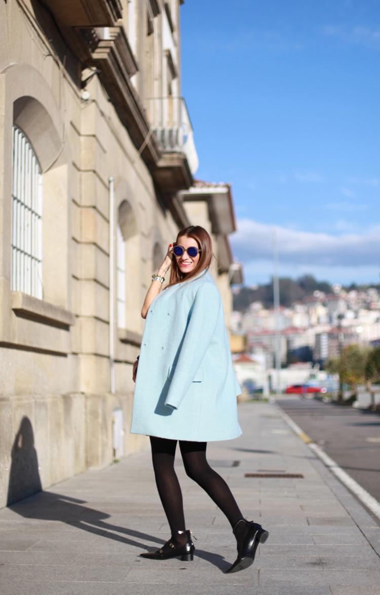 Abrigo azul cielo de Zara