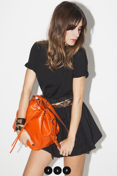 Bolso de la marca Louis Vuitton de color naranja