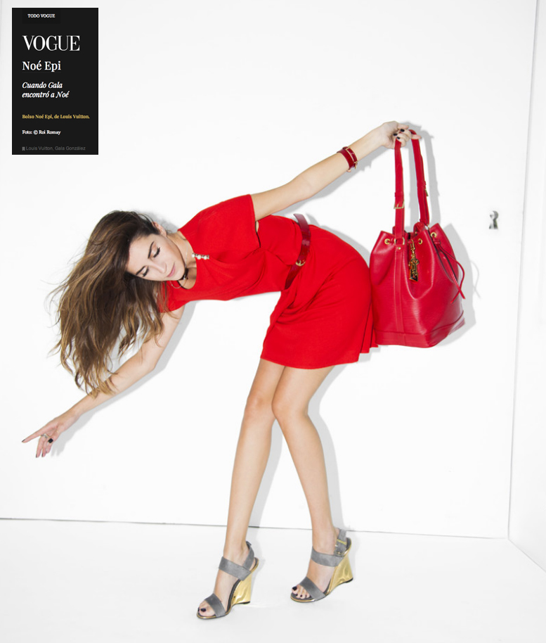 Bolso Noé de Louis Vuitton de color rojo