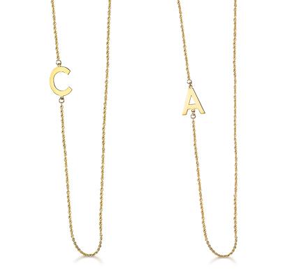bab4274205aa Cadena mas inicial de oro de 18k puesta en lado de cadena