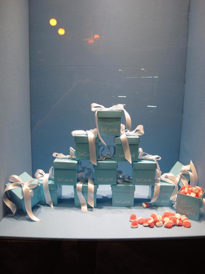 Exposición y decoración con cajas leCarré