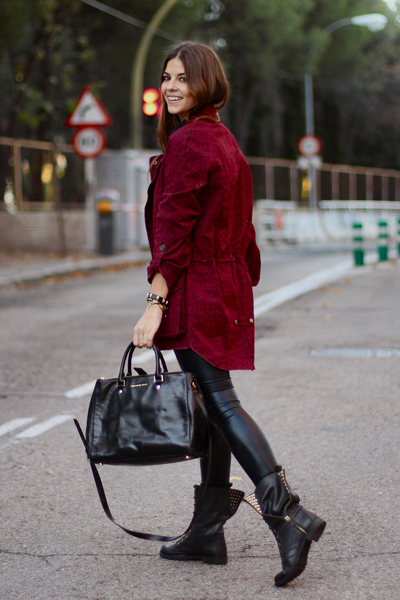 Parka color burgundy